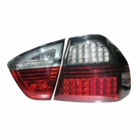 BMW 3系列 E90 尾燈