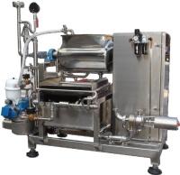 Extracting Machine