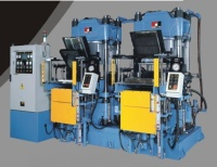 Vacuum Type Compression Molding Machine (With Special Mold-Releasing Mec Hanism)