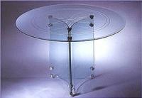 圓形雕刻餐桌