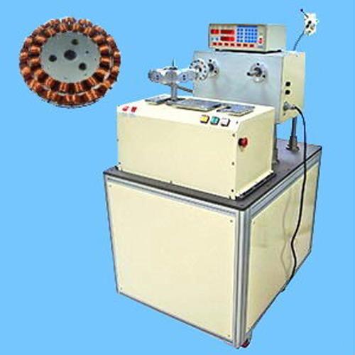 Stator coil winding machine