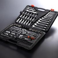 Socket wrench sets & sockets