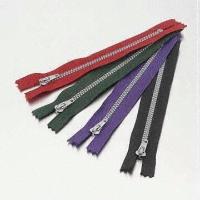 No. 3 Silver Plastic Zippers