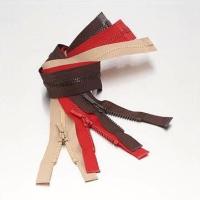No. 3 Plastic Zippers