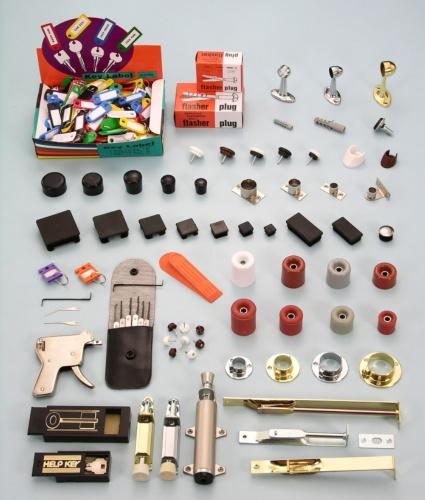 管类固定器及管塞、奖牌支架、把手、钥匙及其他家俱五金