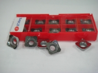 Milling inserts