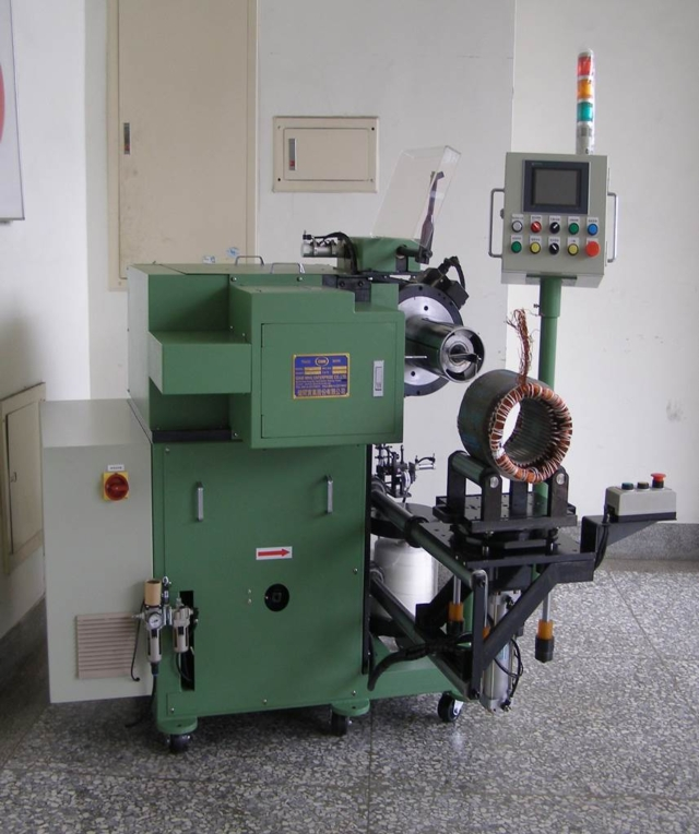 HORIZONTAL TYPE STATOR COIL LACING MACHINE