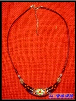 Curved month necklace