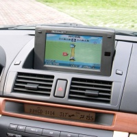 "Cens.com Mazda3专用7"" LCD上掀式萤幕 代宇实业有限公司"