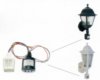 Garden light with sensor