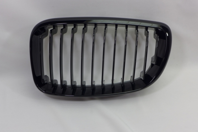 TUNING GRILLE FOR E87 , GLOSS BLACK
