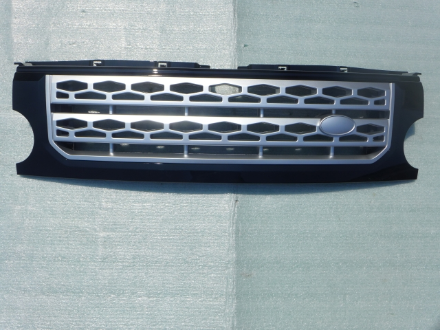 GRILLE GLOSS BLACK+SILVER MESH, Discovery 4 Look