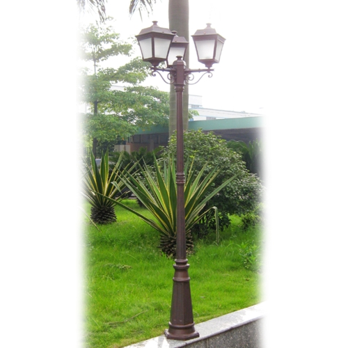 Aluminium with glass diffuser street lamp