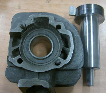 汽缸頸部工具