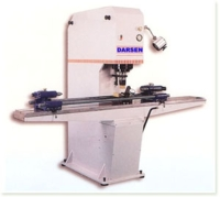 Precision hydraulic-servo-controlled straightening machine