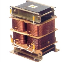 UPS, Three-Phase Transformer