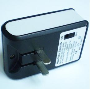 USB 电源适配器
