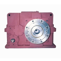 Speed reducers for extruders