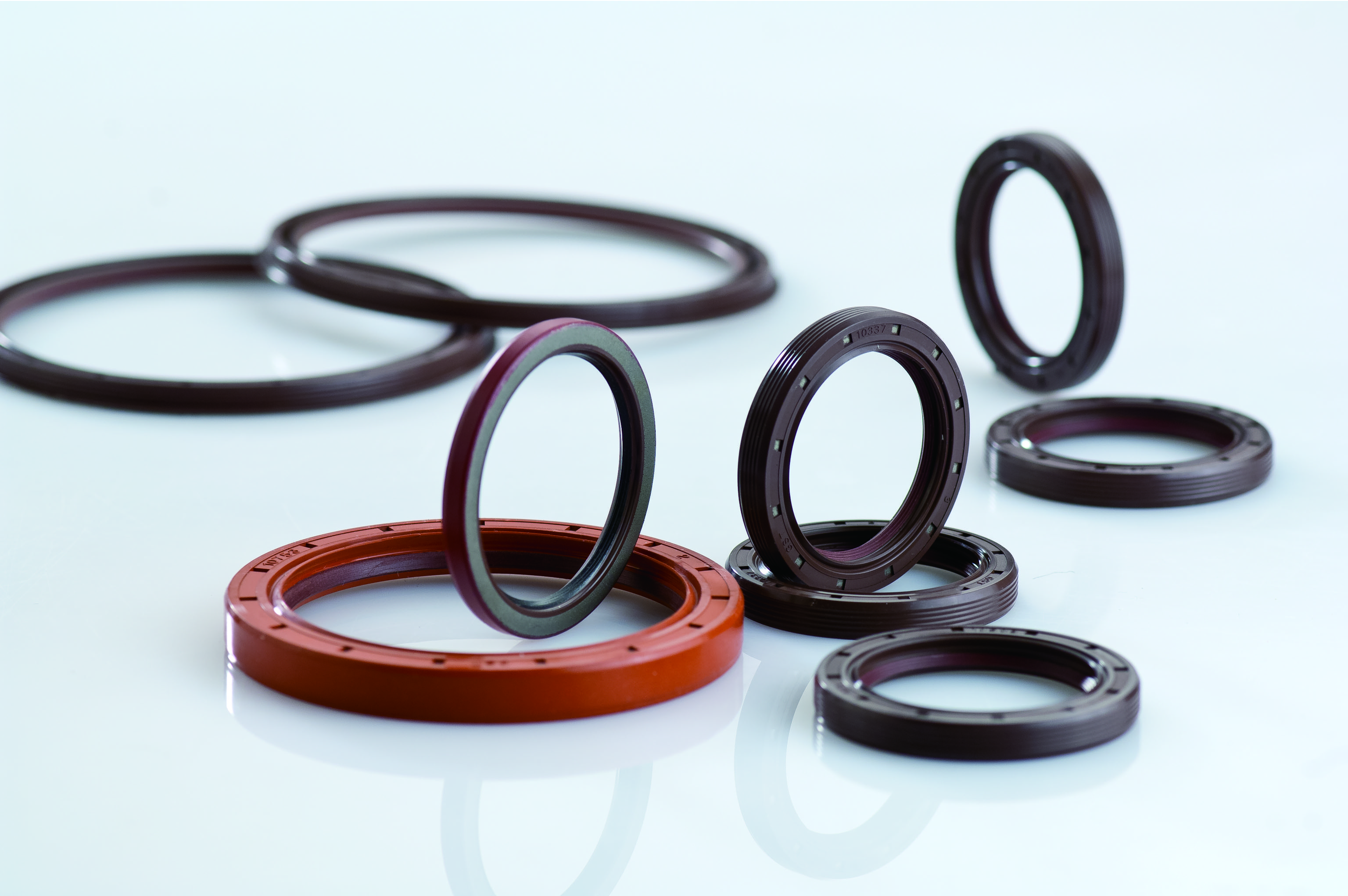 TRUCK OIL SEAL