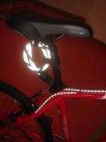 反光+感光雷射号码锁 / 反光+夜光煞车、变速线