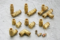 High-pressure misting connectors (max. pressure load: 800psi)
