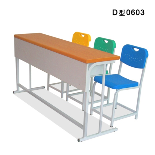 Independent Students' Row Desks and Chairs