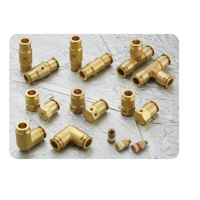 High-pressure misting connectors
