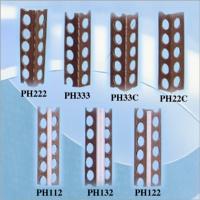 Plastic moldings for dividing cut stones