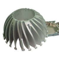 Extruded-aluminum heat sinks for LED lighting