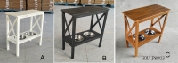 TABLE W/ PET BOWLS