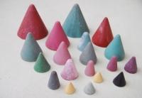 塑膠圓錐石