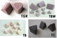 正三角研磨石