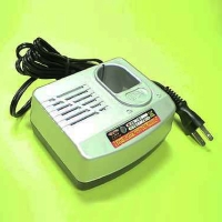 SH-15 4 Cells Battery Charger