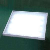 LED 格栅日光灯