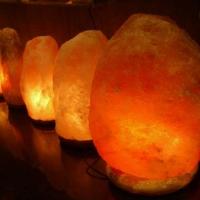 喜马拉雅山自然型盐灯