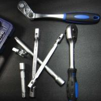 Ratchet Handle & Extension Bar