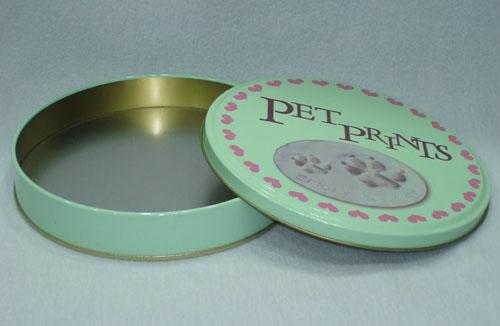 Clays tin