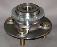 Nissan Wheel Hub & Bearing w/ABS