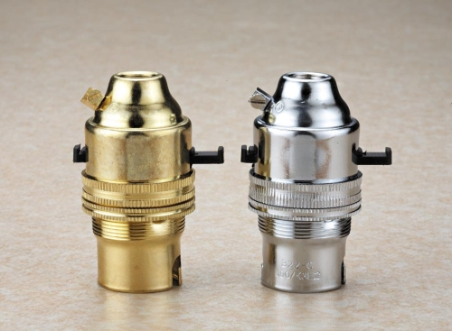 BRASS LAMPHOLDER B22 WITH EARTH TERMINAL 2A 250V THREAD M10