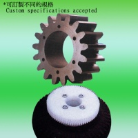 Gears, bearings, rollers (HDPE, PP, nylon)