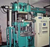 电脑控制自动射出橡胶油压成型机