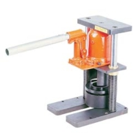 Portable crimping machine