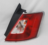 Drivers Taillight Tail Lamp with Chrome Trim Replacement for Ford BG1Z13404A