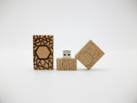 Woodcarving flash drive