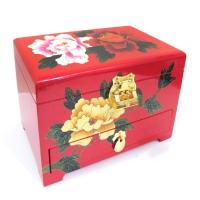 木製精緻珠寶箱