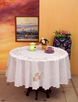 Vinyl Lace Table Cloth With Spray.