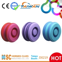 Cens.com PEANUT TYPE WATER BOTTLE WITH FOAM ROLLER HERMES CLUES INDUSTRIES CO., LTD.
