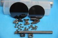 Tungsten carbide-tipped saw blades