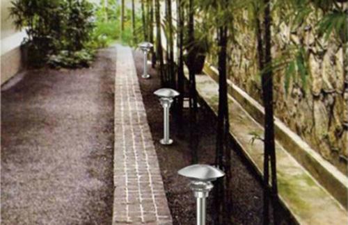 Stainless-steel Garden Light