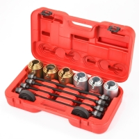 Universal Remove And Install Sleeve Kit 26pcs / Pullers & Under Car Tools